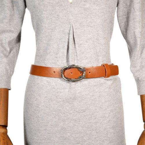 cintura pelle 1004 indossata