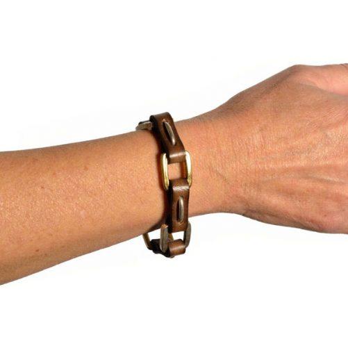 bracciale catena su polso